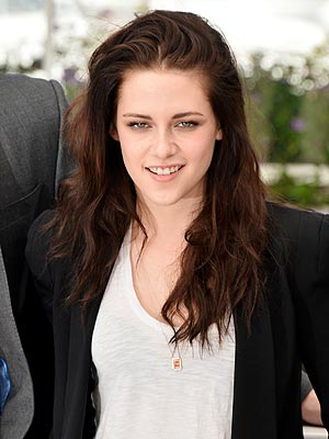 Kristen Stewart Daily on Kristen Stewart 300    Bazaar Daily News